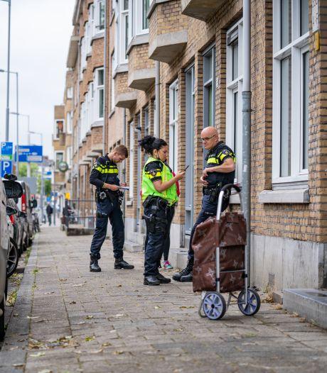 Drie mannen overvallen vrouw (68) in haar huis in Rotterdam