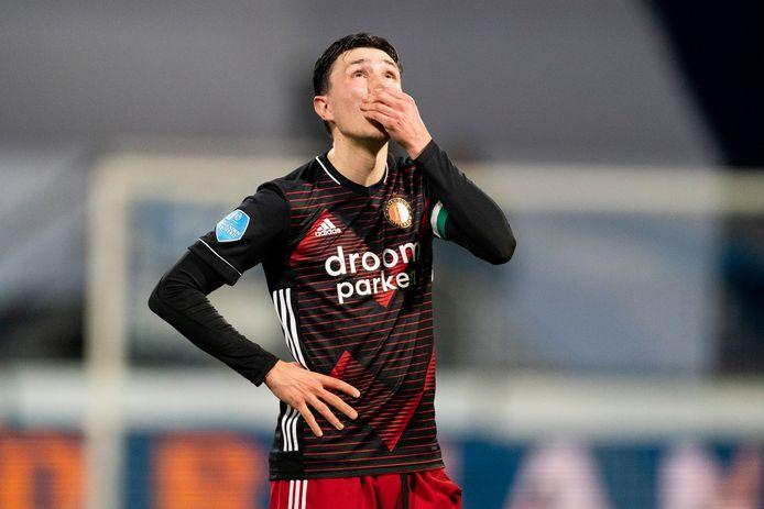 Steven Berghuis baalt van de 3-0 nederlaag tegen Heerenveen.