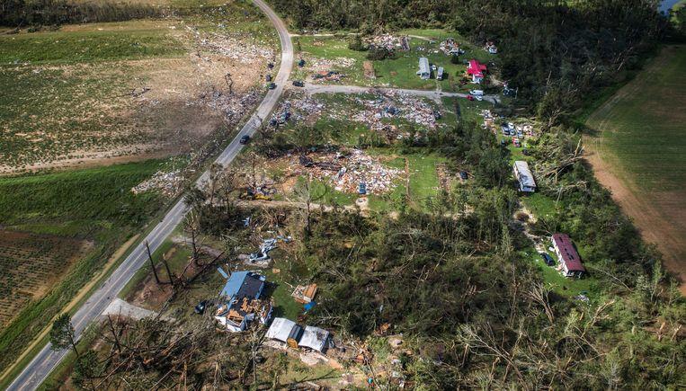Een woonwagenpark bij Windsor (North Carolina) werd weggevaagd. Beeld AP