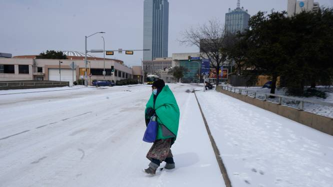 """TikTok-gebruikers verspreiden samenzweringstheorie dat sneeuw in Texas """"fake"""" is"""