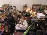 Luk Alloo op bezoek bij 'hoarder' Jacques die al 40 jaar tussen bergen elektronica leeft