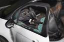Ruiten van auto gesprongen bij vuurwerkontploffing in Oss.