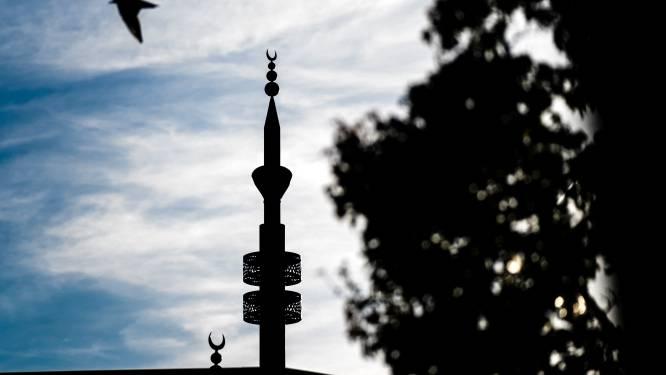 'Onrust onder Eindhovense moskeebezoekers over undercoveronderzoek'