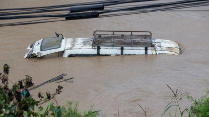Dodentol van overstromingen en aardverschuivingen in Nepal stijgt naar 43