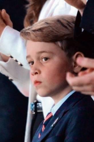 Geen straffen in het openbaar, geheim wapen achter de schermen: de opvoeding van 'bengel' prins George onder de loep