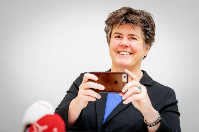Burgemeester Ina Adema verlaat Lelystad voor haar droombaan in Brabant.