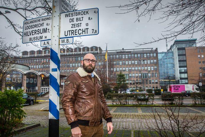 Marcel Boer is zoals zoveel omwonenden tegen de bouw van teveel woningen op het ANWB-terrein.