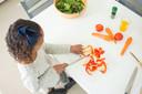 De spelletjesbox bevat recepten voor kinderen in de basisschoolleeftijd, waarbij spelenderwijs groente wordt gegeten. Foto ter illustratie.