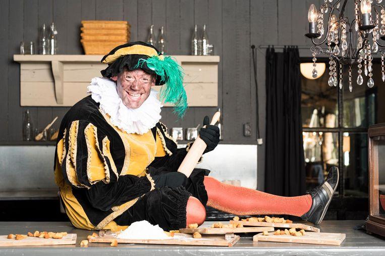 Roetpiet in de keuken van het kasteel van Sinterklaas. Beeld anp
