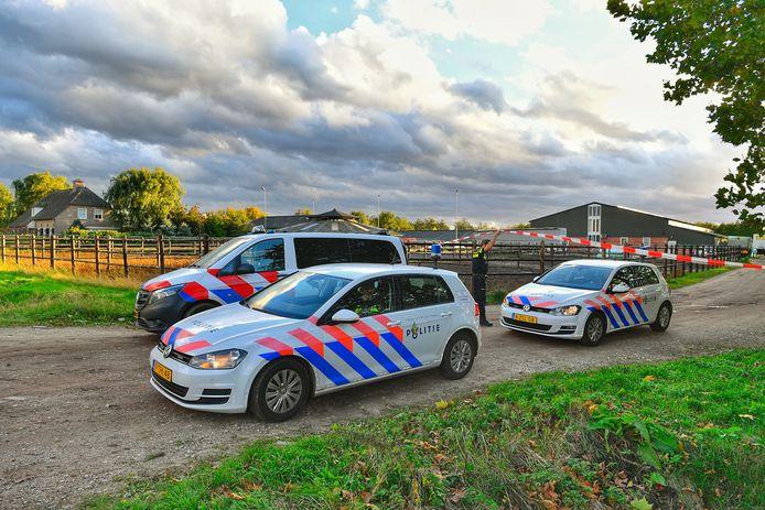 De politie ontdekte een drugslab in een loods in Eersel.