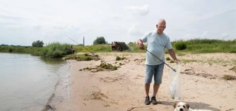 Sjoerd maakt elke dag de oevers van de Rijn schoon: 'Ik wil gewoon dat het achter mij schoon is'