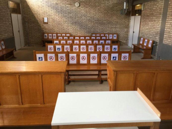 In de zittingszaal zelf zal plaats zijn voor negentien personen.
