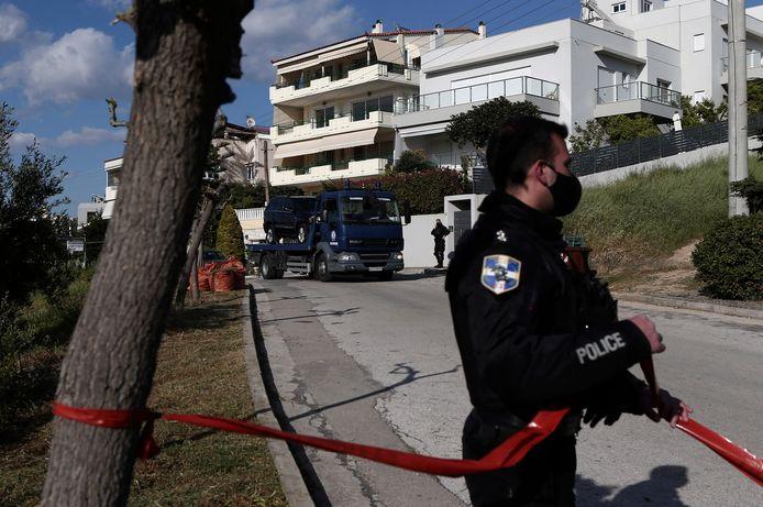 Giorgos Karaivaz werd met zeven kogels afgemaakt vlakbij zijn woning in de buitenwijk Alimos in het zuiden van Athene.