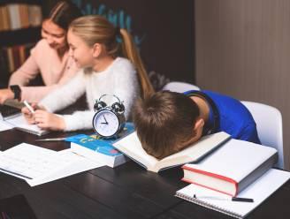 Leesinterventies bij kinderen met dyslexie gebeuren best in de eerste twee leerjaren