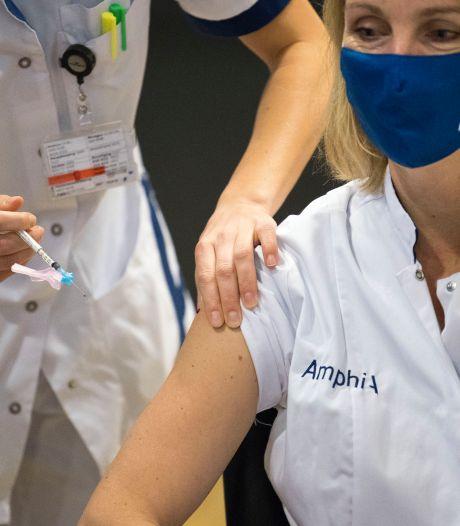Vaccineren is logistieke puzzel, maar bij Bravis en Amphia gaat het nu in rap tempo: 'Opgelucht'