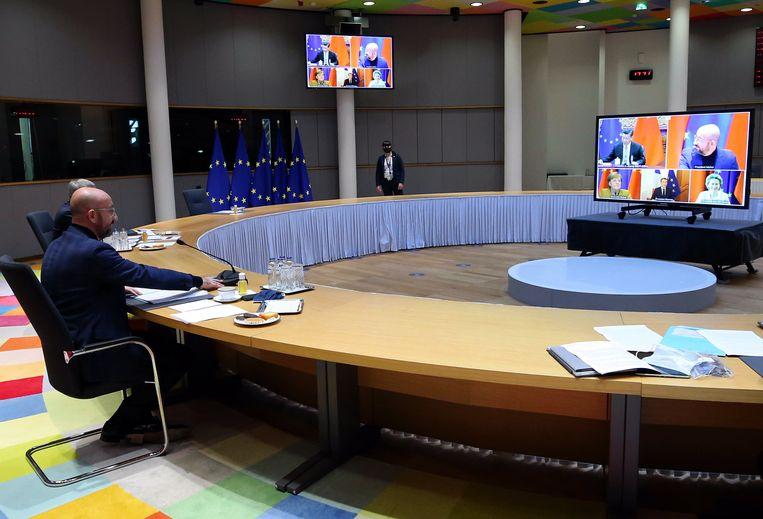 Charles Michel, voorzitter van de Europese raad, in overleg met China over het investeringsverdrag.  Beeld Photo News