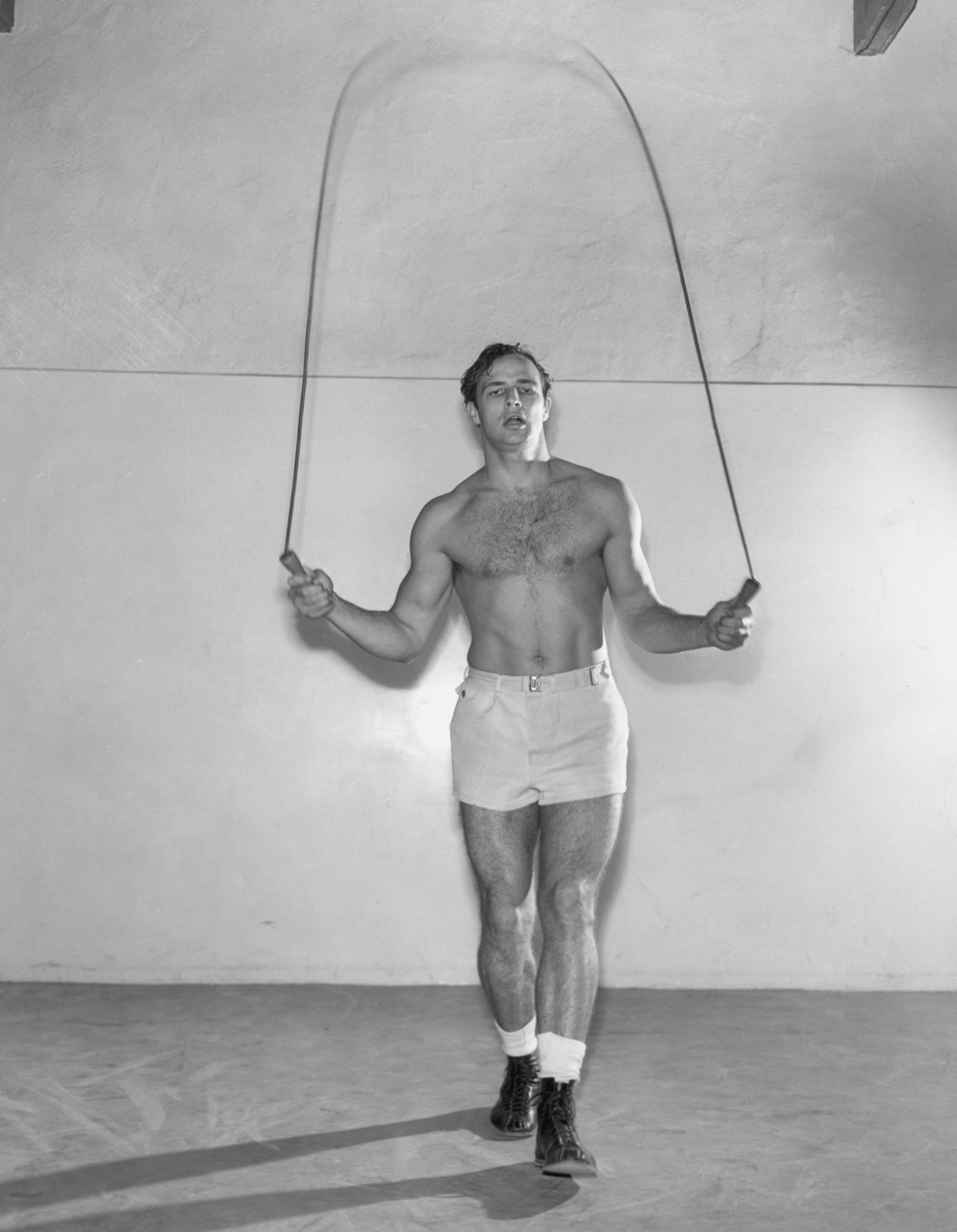 circa 1955:  Marlon Brando Beeld Getty Images