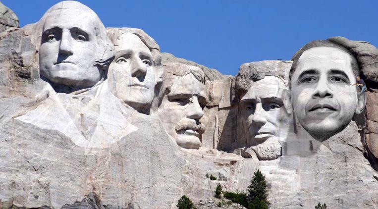Obama beitelt zijn eigen gezicht in Mount Rushmore. Beeld YouTube