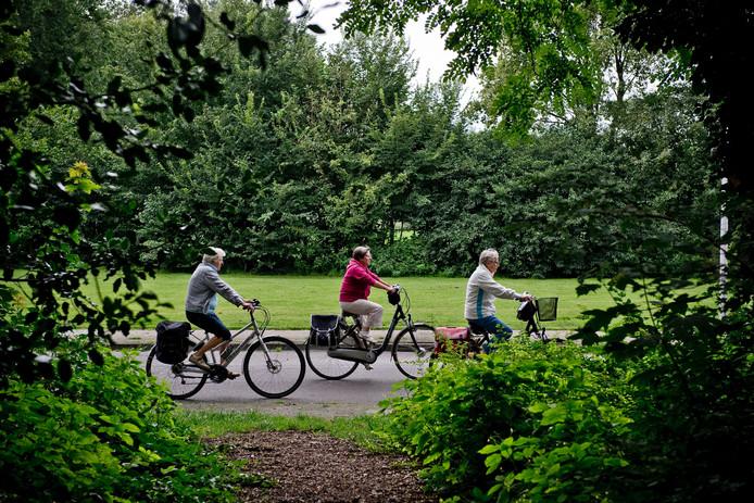Deelnemers aan de fietsvierdaagse komen elk jaar langs mooie plekjes in de regio.