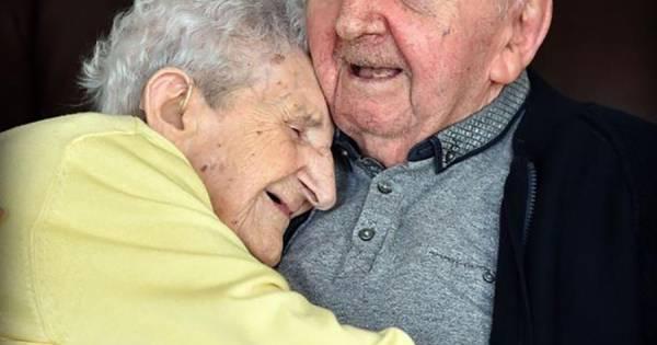 Ada 98 zorgt voor 80 jarige zoon moeder ben je voor het for Echo reizen den haag