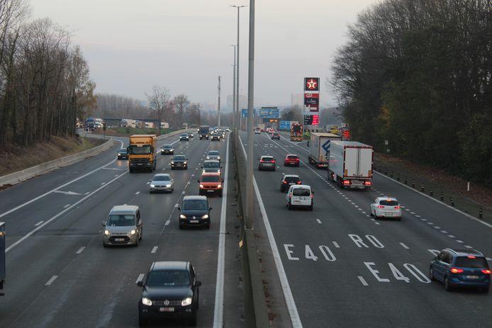 De E40 richting Gent/Oostende in Groot-Bijgaarden.
