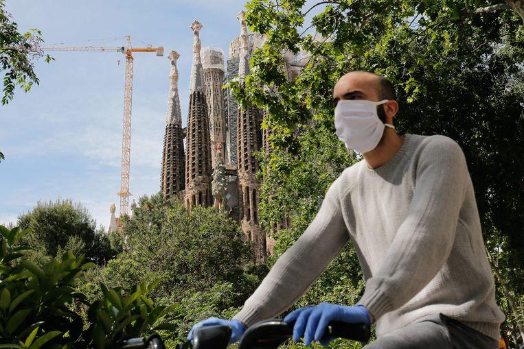 Ook Barcelona kleurt nu rood. Beeld AFP
