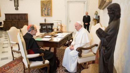 Paus weigert ontslag veroordeelde Franse kardinaal