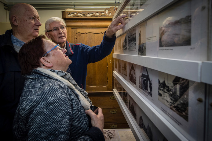In de exporuimte achter de Watersnoodwoning in Heijningen is een tentoonstelling over De Ramp ingericht.