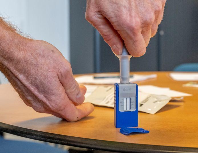 Foto ter illustratie: een drugstest.