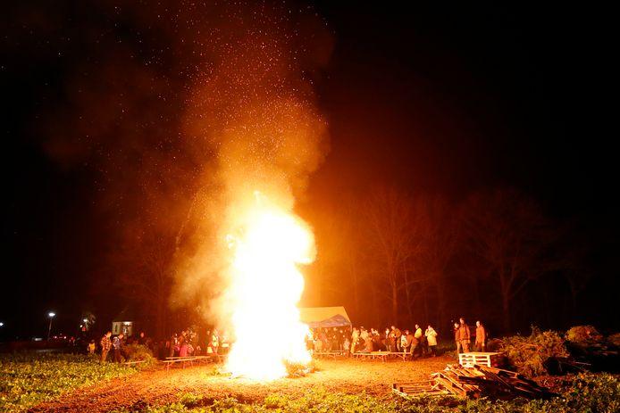 Kerstboomverbranding in Luyksgestel.