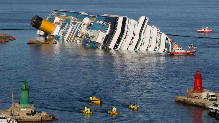 Het dodental van de ramp staat nu op 12. Beeld REUTERS