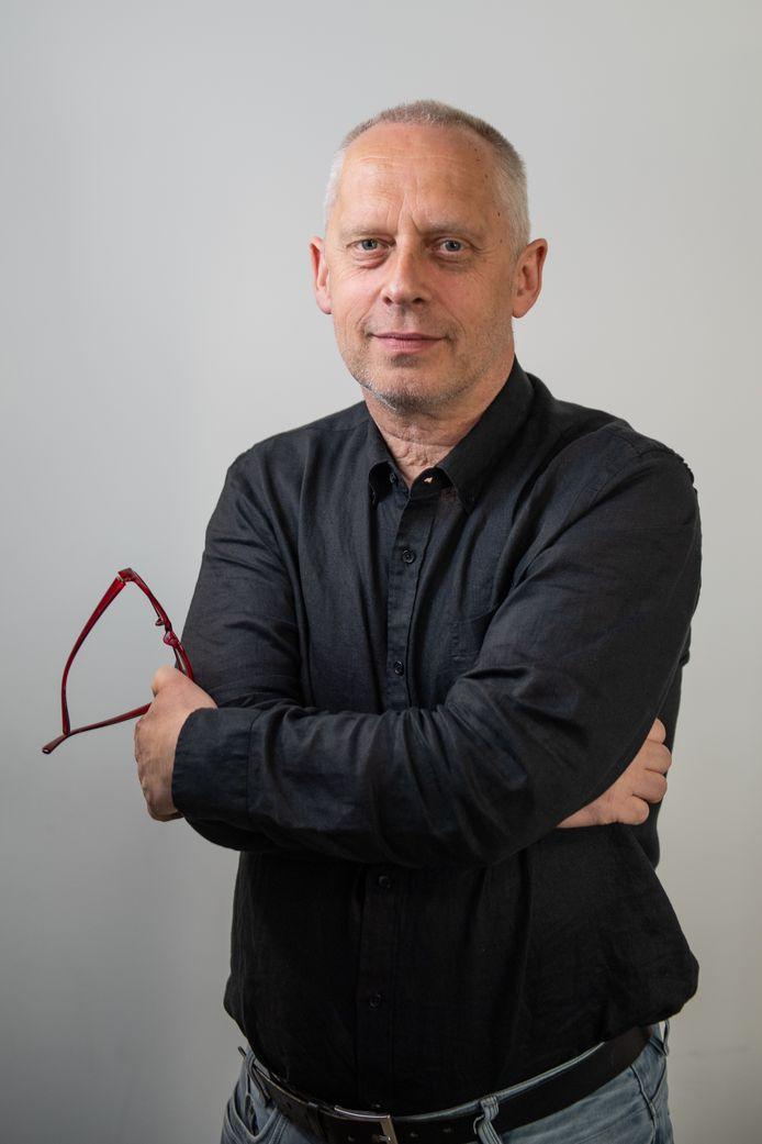 ENSCHEDE - Portret van journalist Teun Staal.