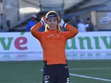 Oppermachtige De Jong wint haar eerste Europese allroundtitel