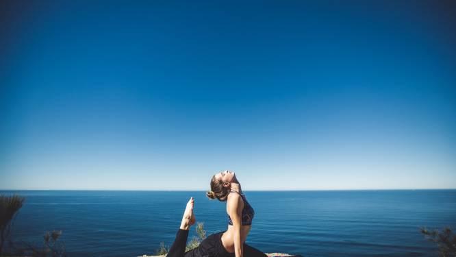 Met deze makkelijke yoga-oefeningen wordt iedere beginner een pro
