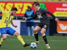 NAC-aanvaller De Rooij gedijt op kunstgras: 'Speelde één wedstrijd per jaar op echt gras'