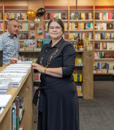 Boekhandel in Krabbendijke werd te klein voor zoveel klanten: 'Mensen gunnen dit ons, dat merk je aan alles'