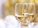 Witte wijn.