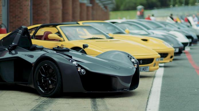 De supersportwagens van Gordon Ramsay