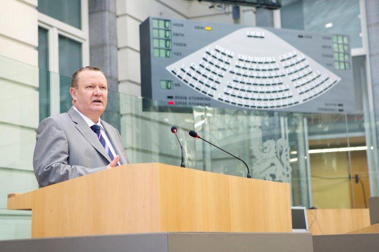 Stefaan Sintobin in het Vlaams parlement.