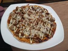 Voor flinke trek: de pizza frikandel en pepernootkroket
