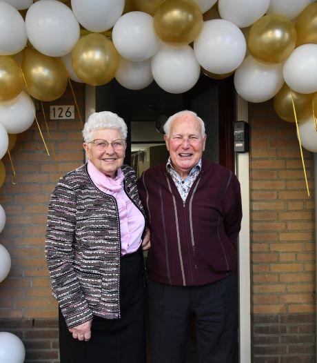 Ontmoeting in de Grotestraat in Waalwijk leidt tot zestig jaar huwelijk