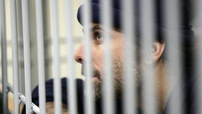 De Britse Greenpeace-activist Iain Rogers zit samen met 29 anderen vast in Moermansk, Rusland. Beeld epa