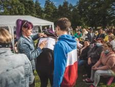 """""""Al veel traantjes gelaten deze week"""": bewoners Sint-Bernadettewijk organiseren zich tijdens bewonersvergadering"""