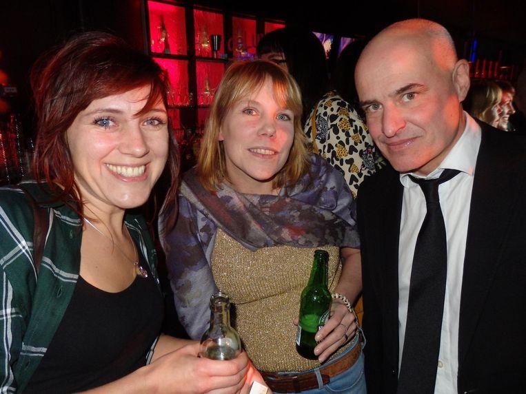 Dieuwertje Kuijpers, befaamd als @traumabeertje, journalist Kim van Keken en journalist Mark Koster. Beeld Schuim