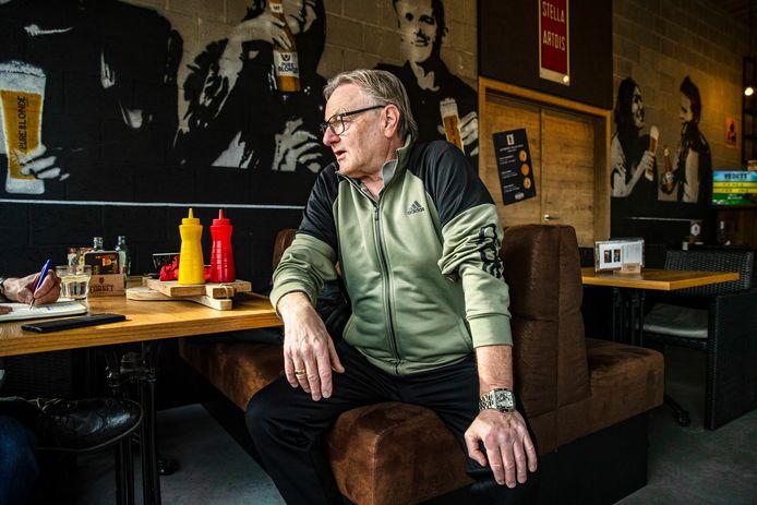 """Bob Hoogenboom (72) heeft geen hoge pet op van de Lokerse voorzitters na Etienne Rogiers: """"Ik vond Roger Lambrecht altijd een onsympathiek man, die boertig uit de hoek kon komen."""""""