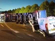 Toestand vrachtwagenchauffeur ongeluk A58 nog onbekend