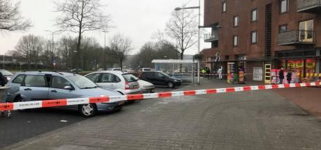 Bezoekers geschokt na zelfdoding in druk winkelcentrum Apeldoorn