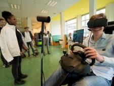 Apeldoornse leerlingen 'dronken' in de auto met VR-bril