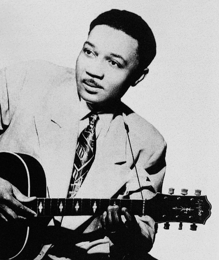 Bluesmuzikant Smokey Hogg, in 1950. Beeld Getty