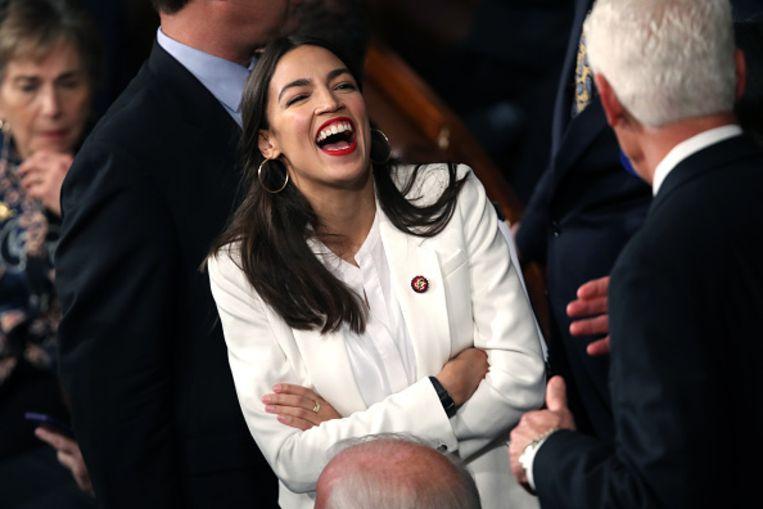 Alexandria Ocasio-Cortez afgelopen januari tijdens de eerste sessie van het congres in Washington.  Beeld Getty Images